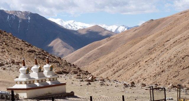 Вид около монастыря